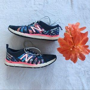 🔆 NEW BALANCE Floral Running Shoe 🔆